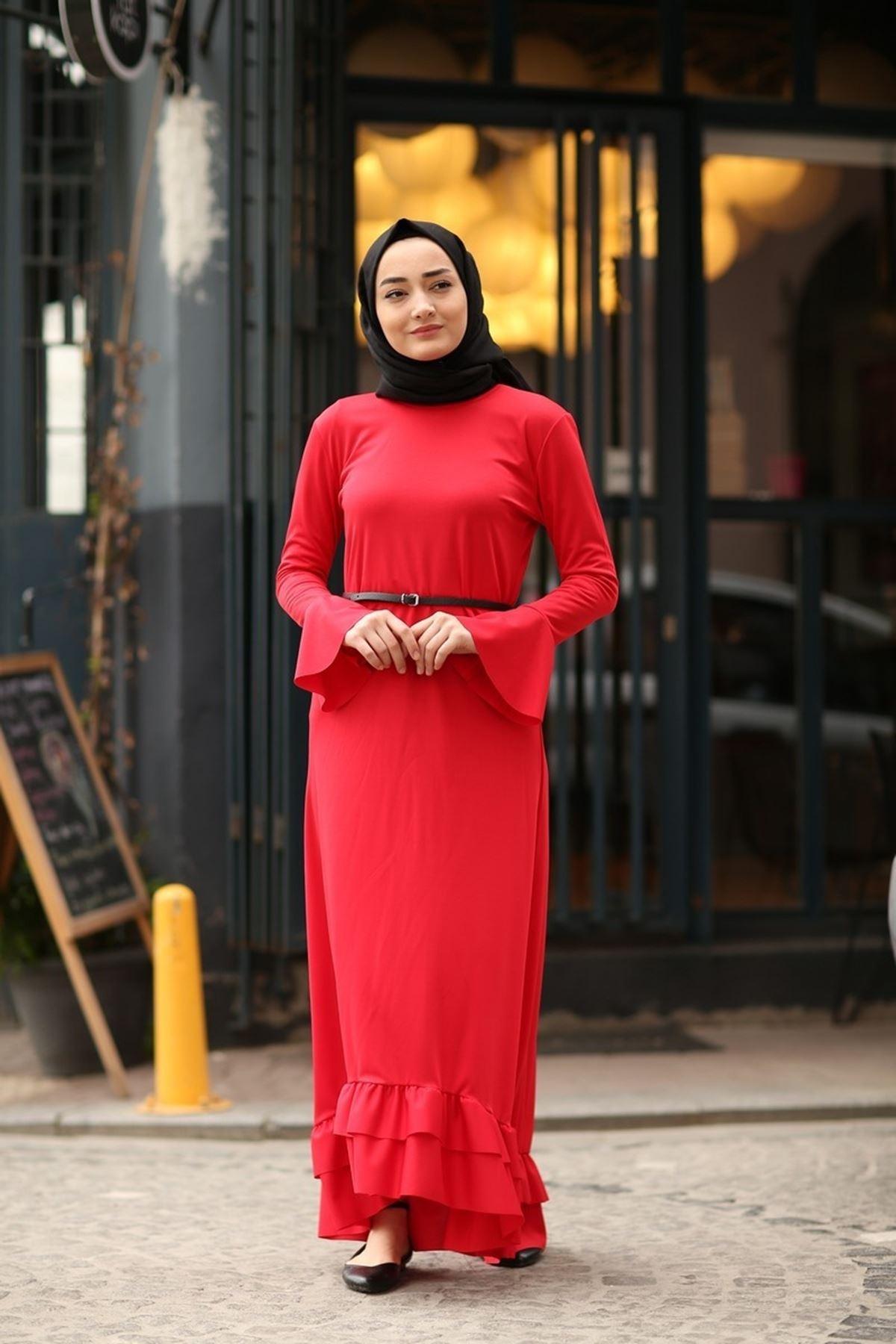 Fırfır Kuyruklu Tesettür  Elbise - Kırmızı