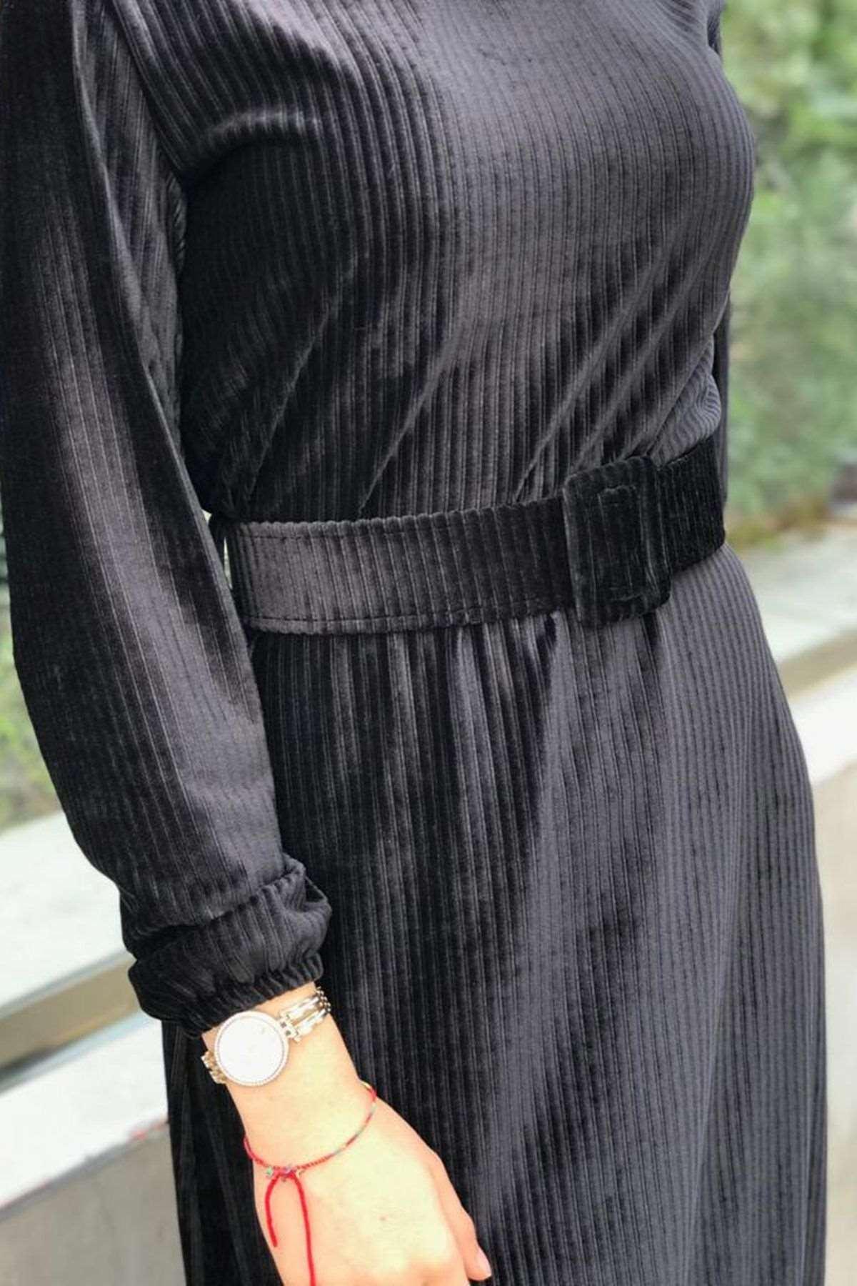 Merida Kemerli Kadife Elbise - SİYAH