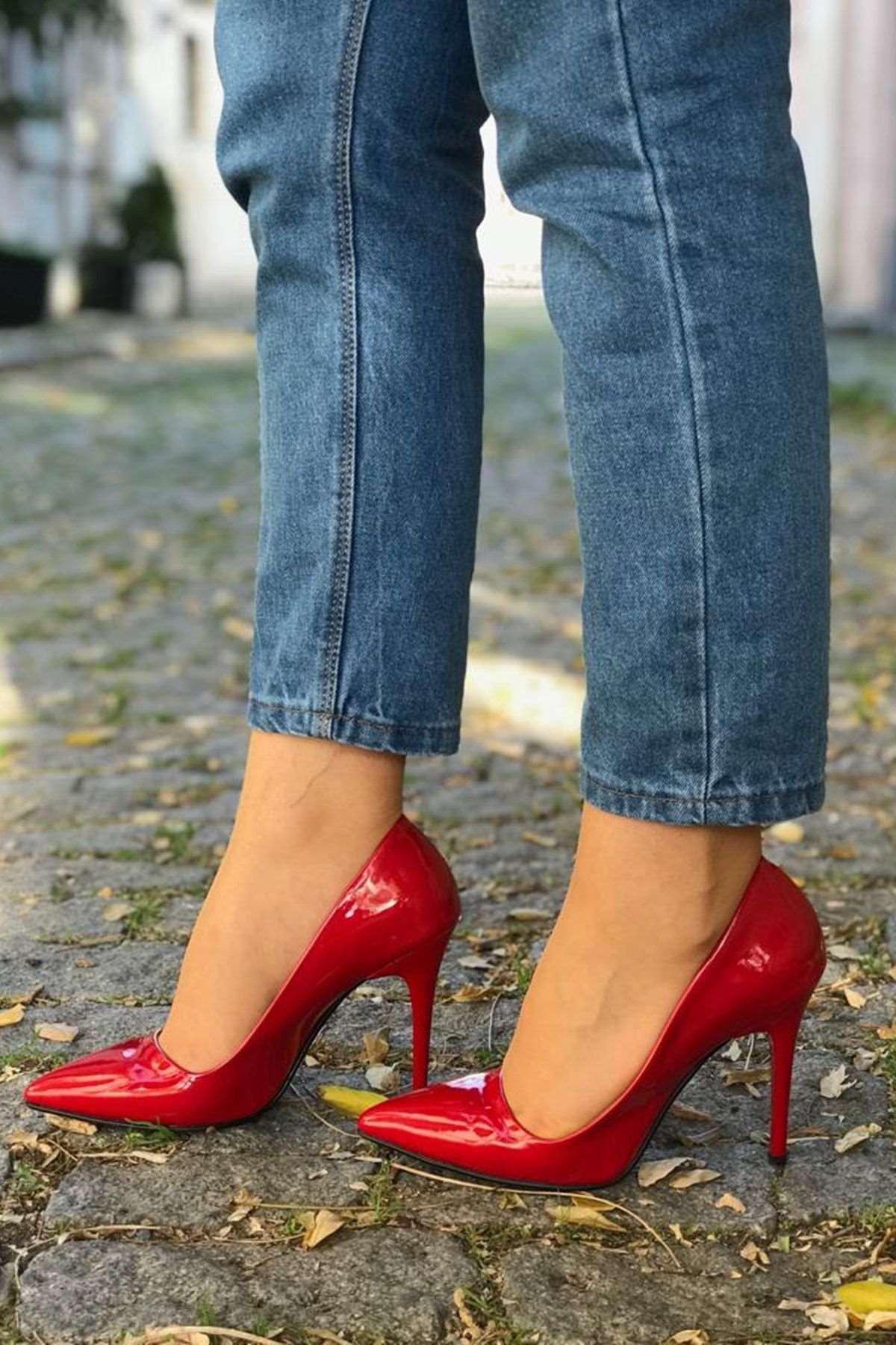 Rugan Stiletto Ayakkabı - KIRMIZI