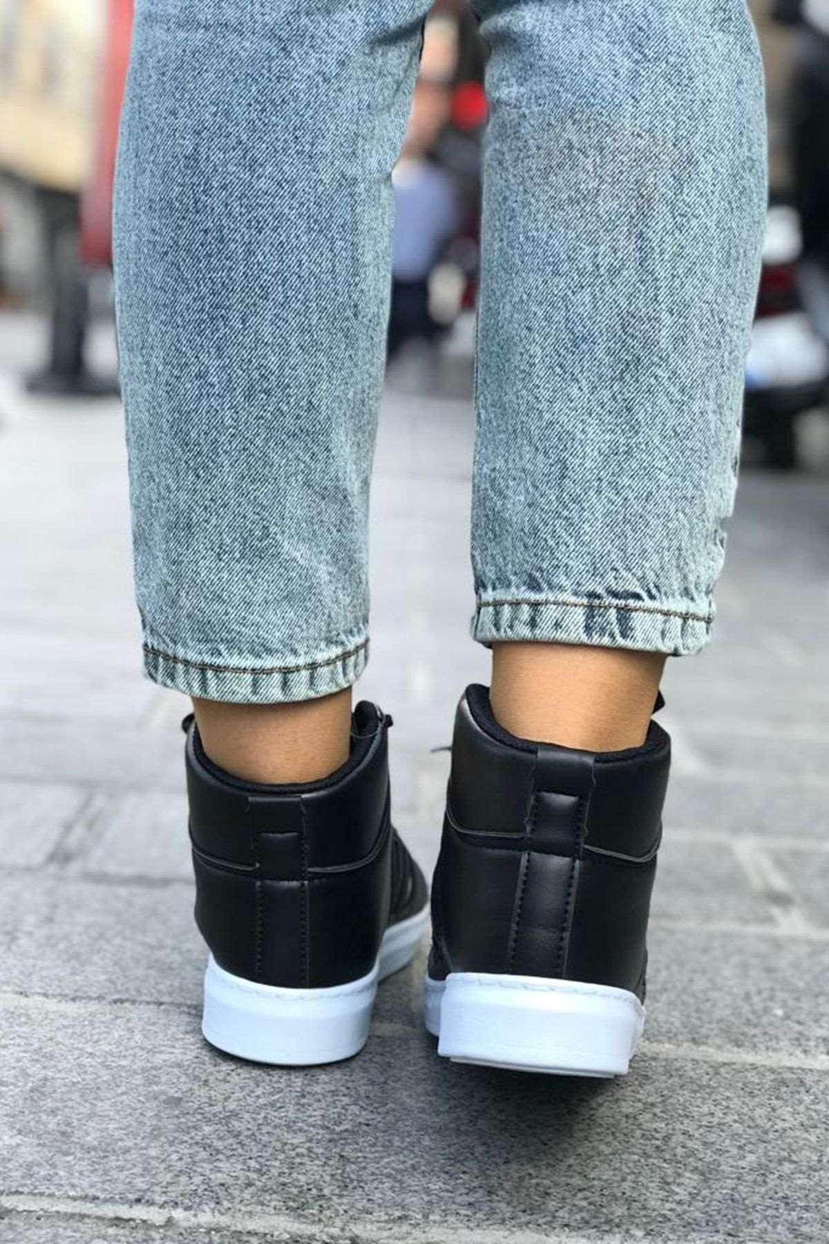 Şerit Detaylı Spor Ayakkabı -  SİYAH