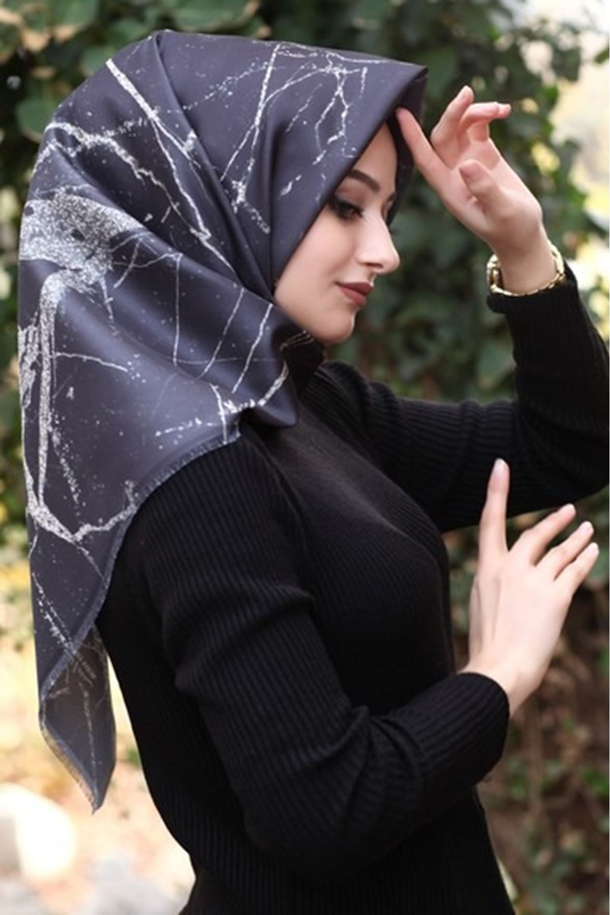 Tafta Eşarp-Siyah