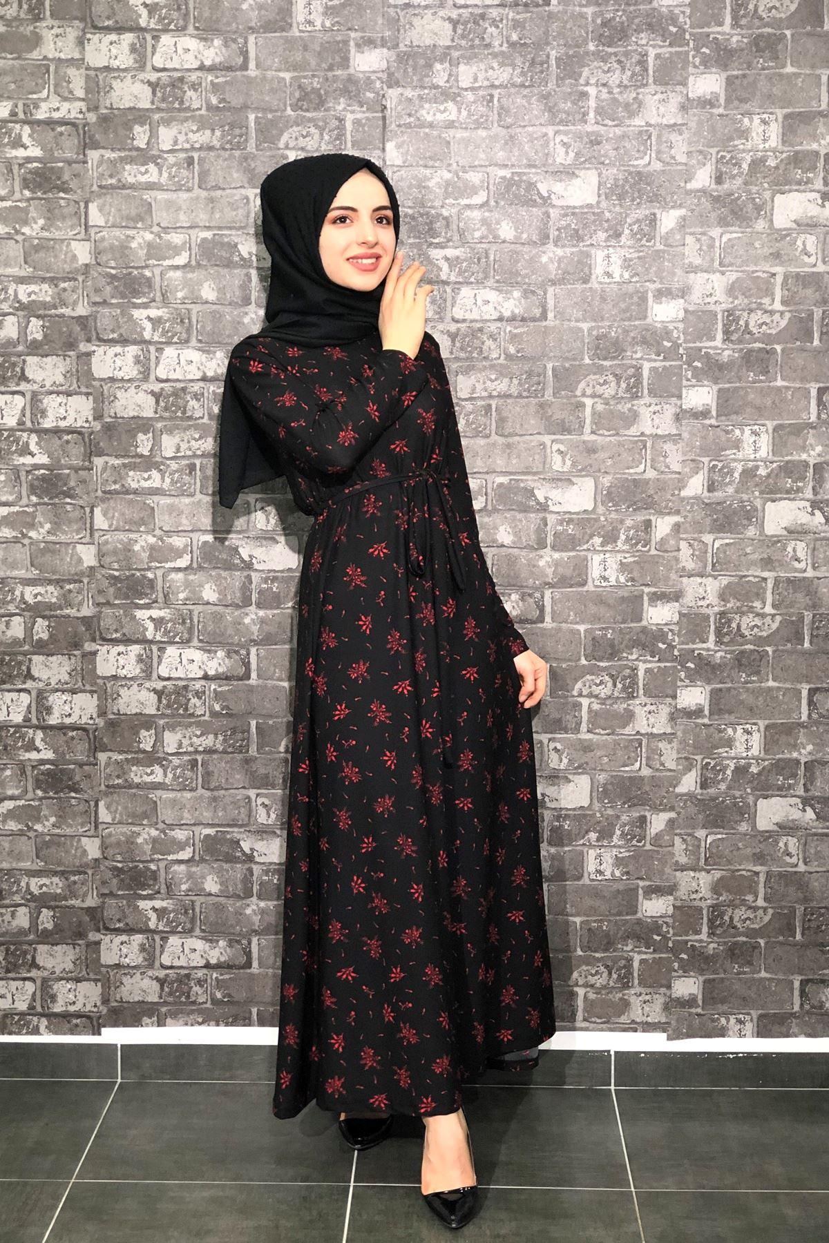 Çiçek Desenli Tesettür Elbise - Siyah