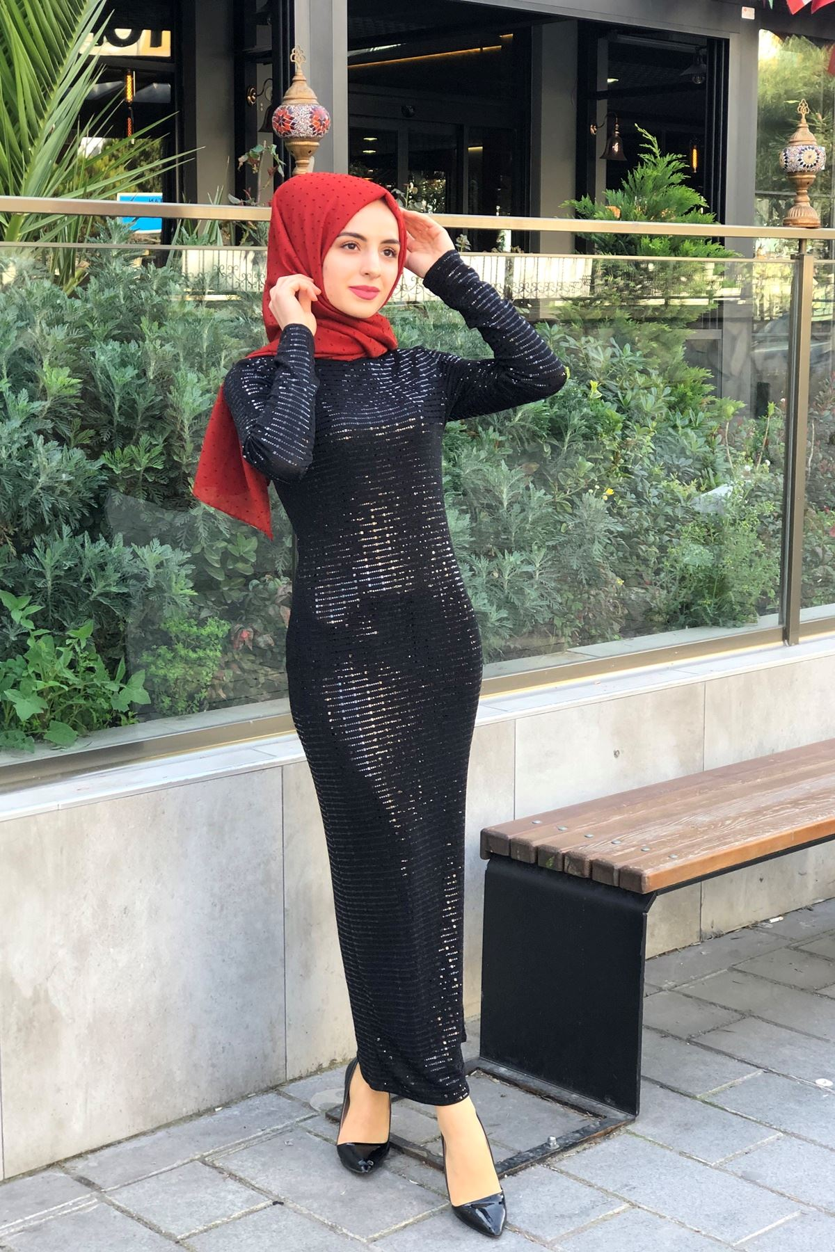 Pul Payet Balık Elbise - Siyah