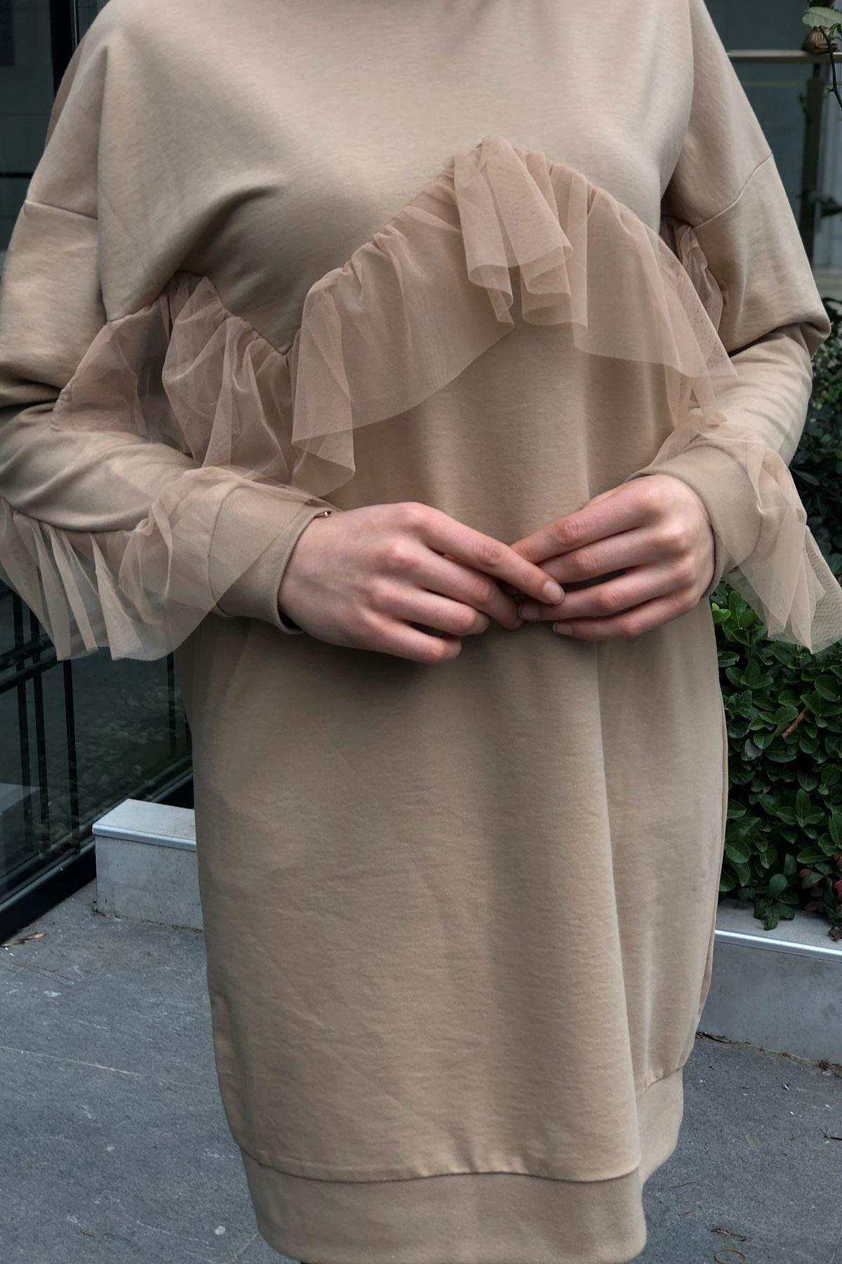 Tül Detaylı Sweatshirt -Camel
