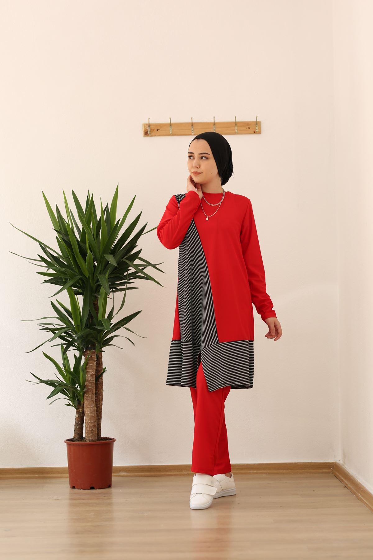 Maya Şeritli Tesettür Takım - Kırmızı