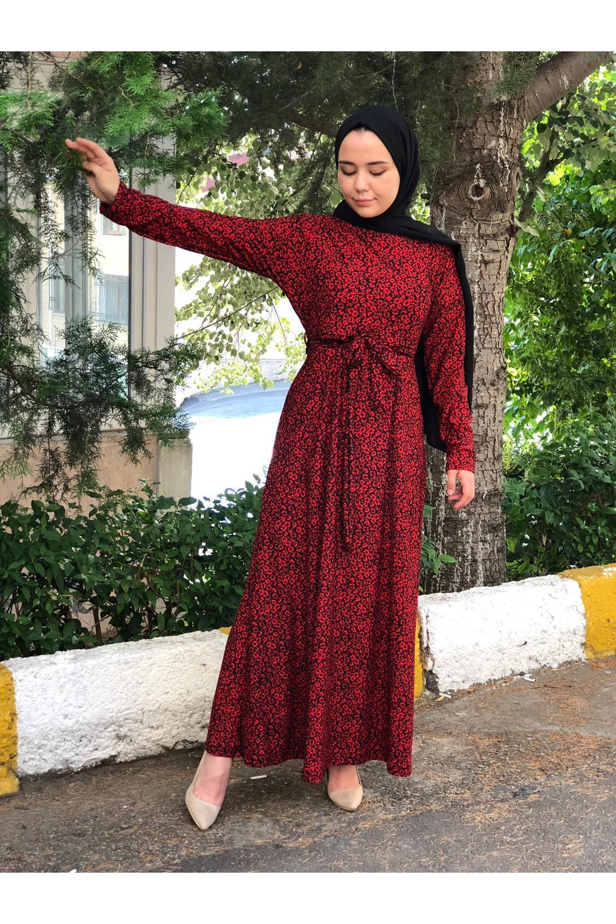 Nura Tesettür Elbise - Kırmızı