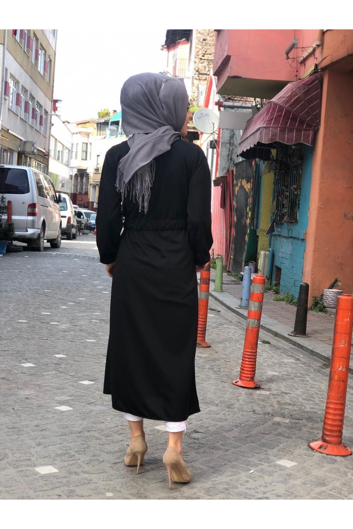 Nadya Petek Trenç Kap - SİYAH