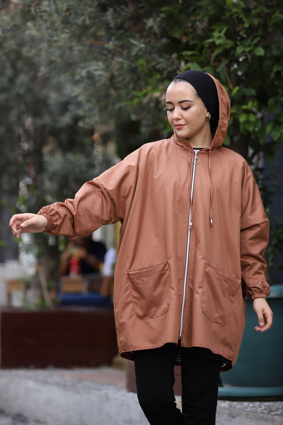 Soft Kapşonlu Yağmurluk - Vizon