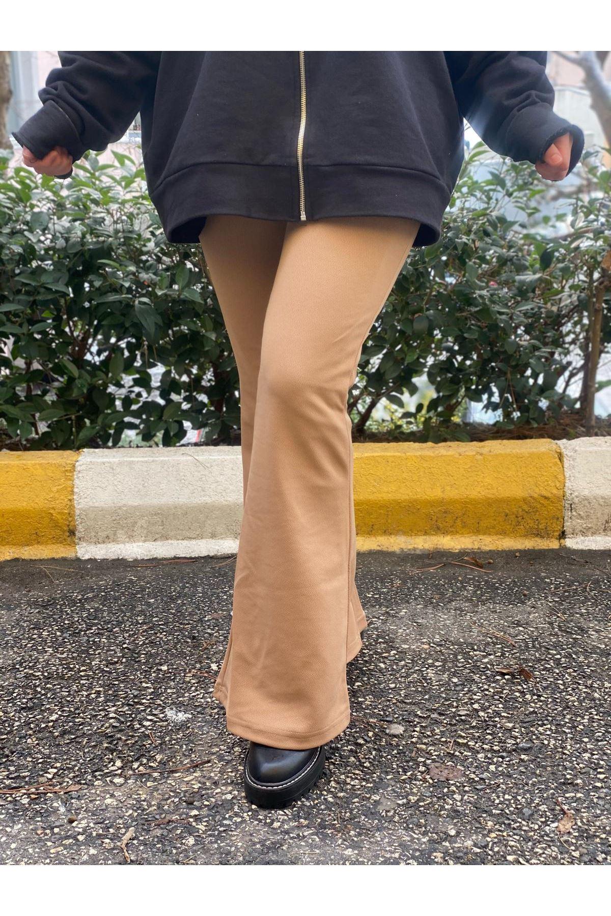 Likralı İspanyol Paça Pantolon- Camel