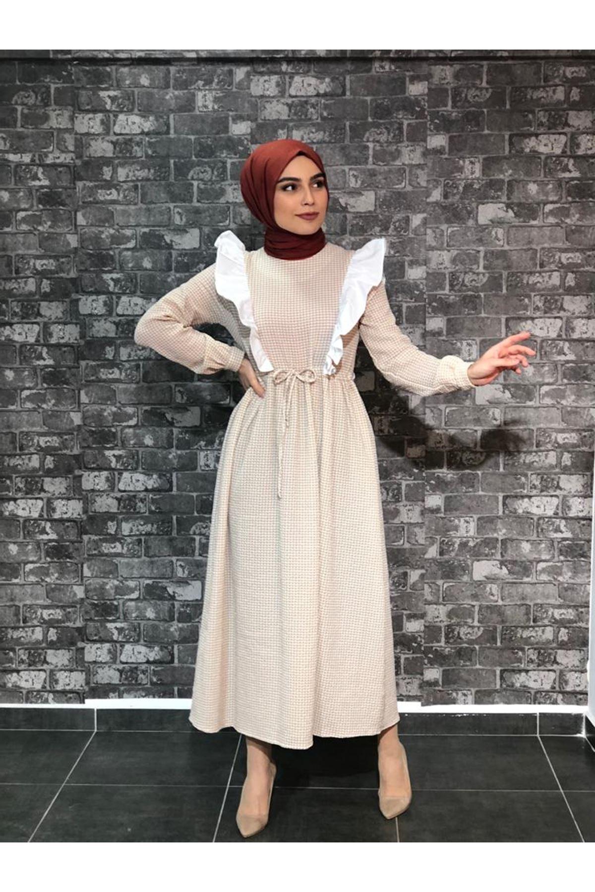 Fırfırlı Pötikare Elbise- Bej