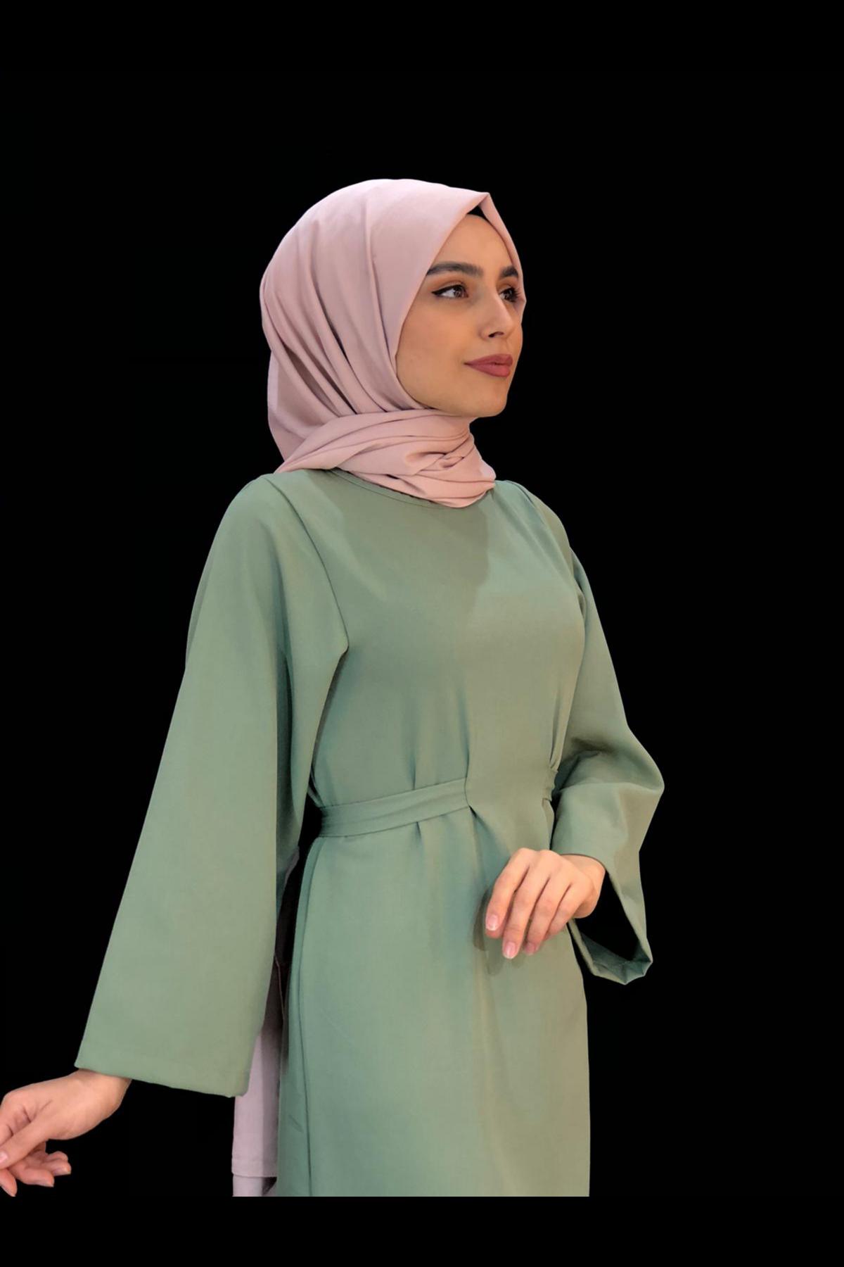 Bel Bağlamalı Kalem Elbise - ÇAĞLA YEŞİLİ