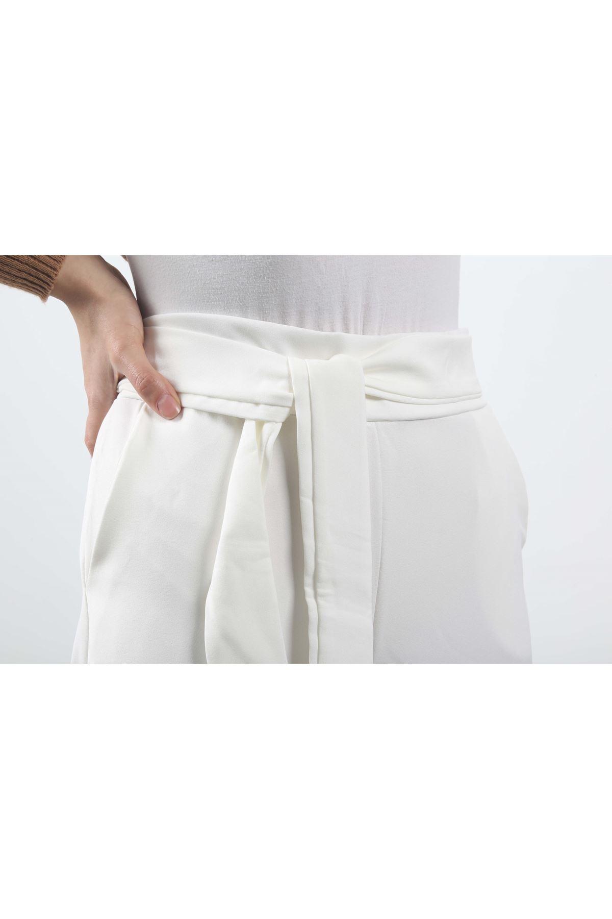 Beli Lastikli Bol Paça Pantolon - Beyaz
